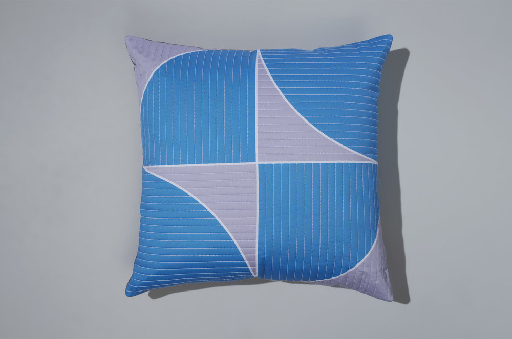 PostAndGleam_Pillows_BlueWhite_COMP_Oa_FL_2500.JPG
