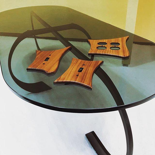 Chillin  Interlock Cocktail Table and MCM-inspired Switchplate Covers  @icff_nyc #icff2018  Booth 2265  #icff #furnituredesign #design #mcm #inspired #brass #walnut #interiordesign #industrialdesign #furniture #madeinla #madeinusa #shoplocal #smallbusiness #handmade #midcenturymodern #custom