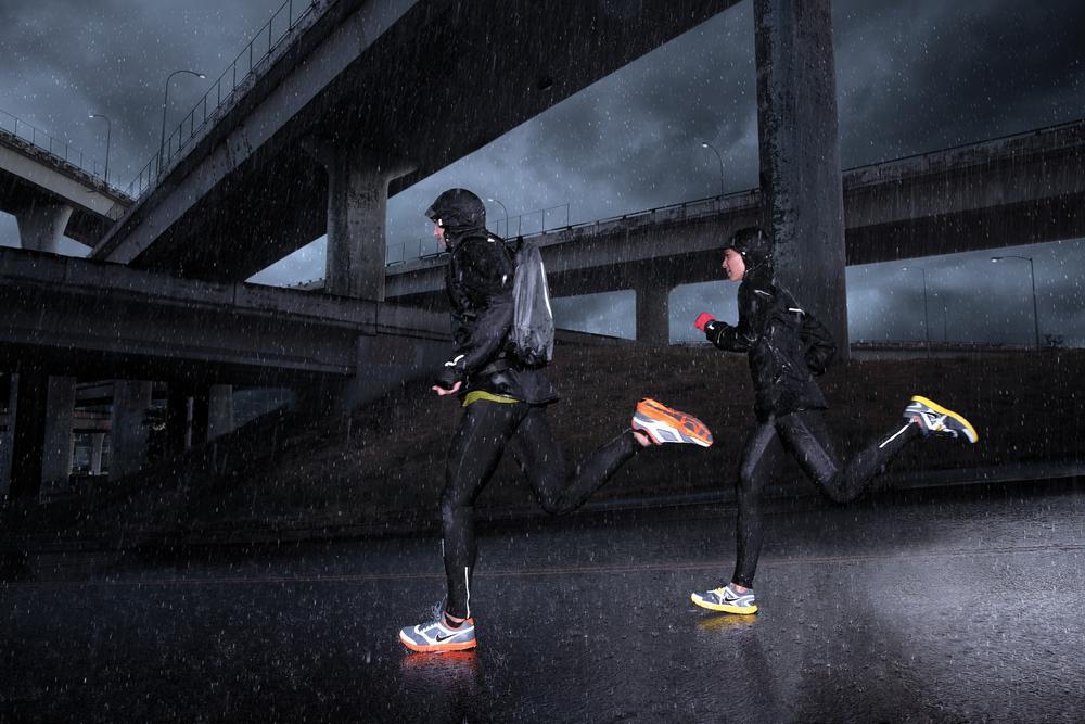 NikeRunningHO11_RAIN_4_hi.jpg