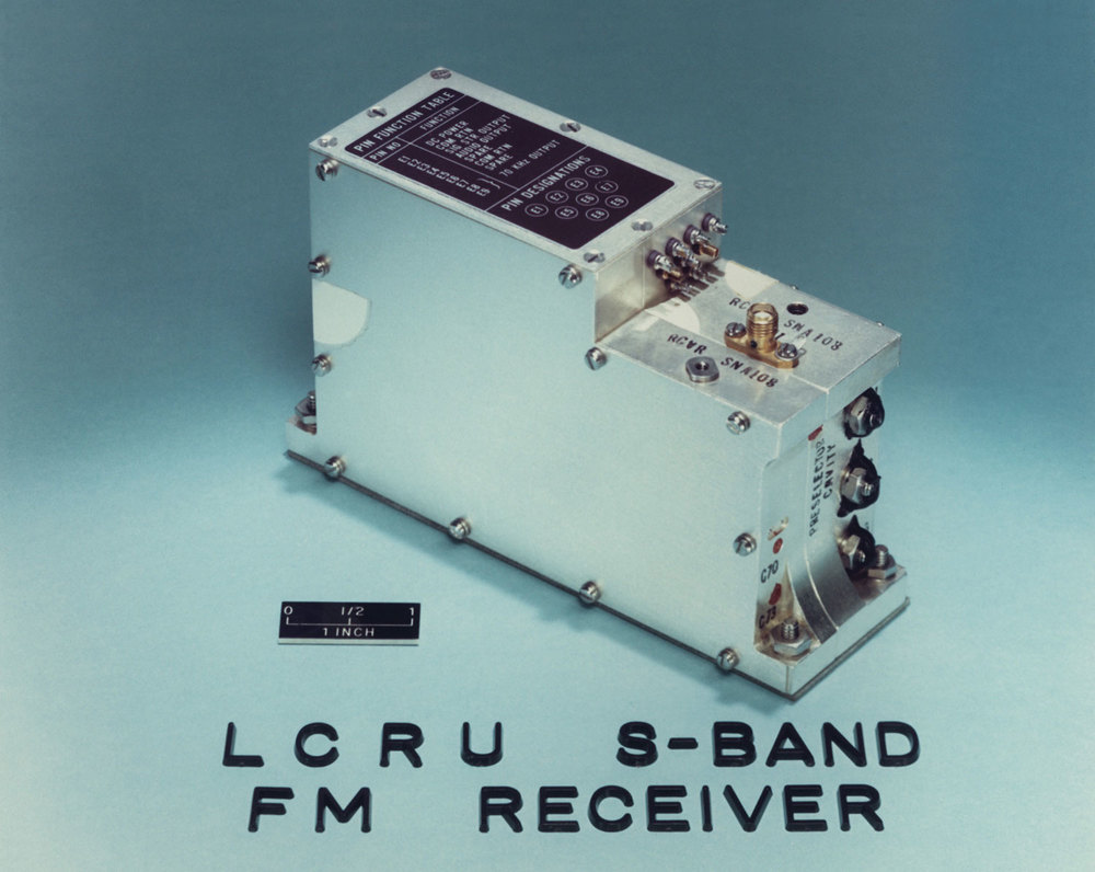 The first car radio on the moon