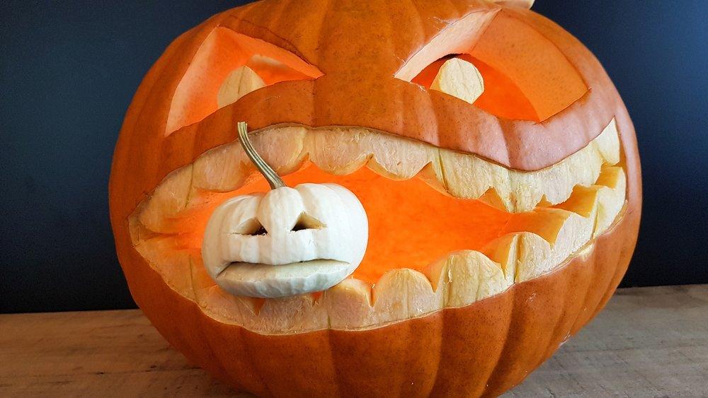 pumpkin-2828165_1920.jpg