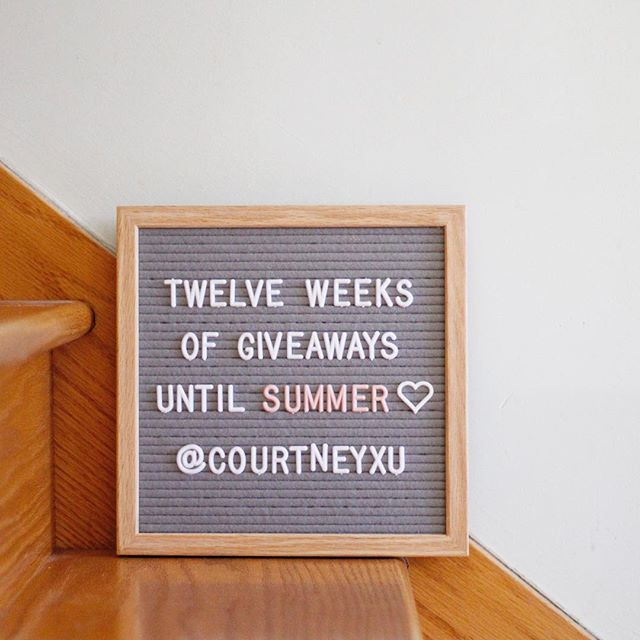 Hi, y'all! 🙂👋🏿 I'm hosting twelve weeks of #giveaways leading up to the first day of summer over on my main account, @courtneyxu! If you like all things beauty (and #freebies), head on over there - there will be a new #giveaway posted every Thursday! 🖤 #feltletterboards #feltlikesharing #entertowin