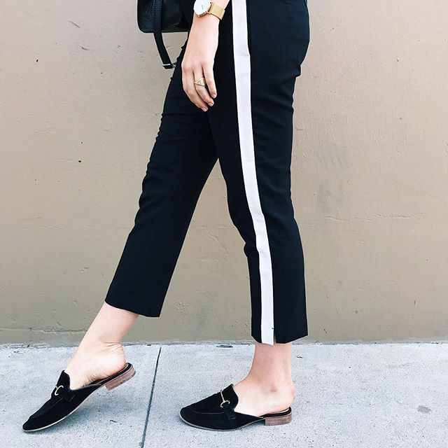 If you asked me if I could only have one pair of pants in my closet, which one would it be? I would 110% choose these babies! 🖤 Today on my blog, I'm sharing my favorite pair of pants. Click the link in my bio to see more details. #itsbanana