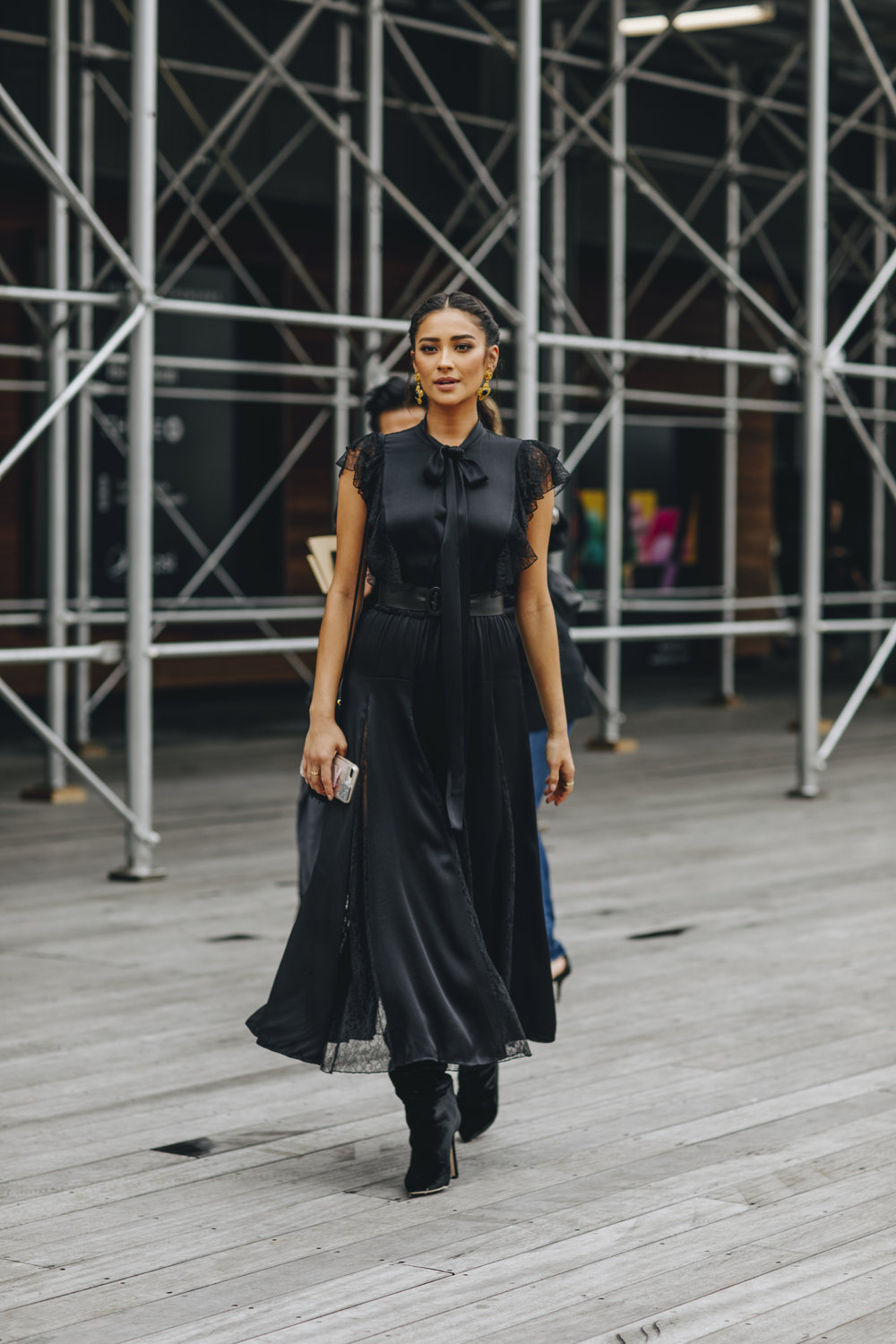 NYFW SS19 - DAY 6 - Shay Mitchell 3.jpg