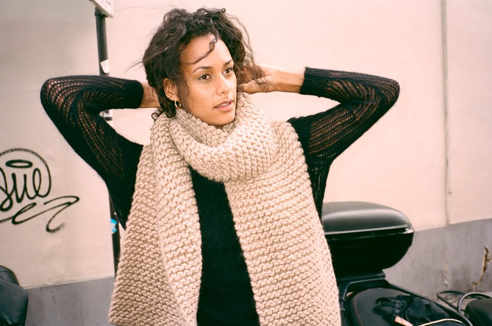 Billie Scarf Taupe