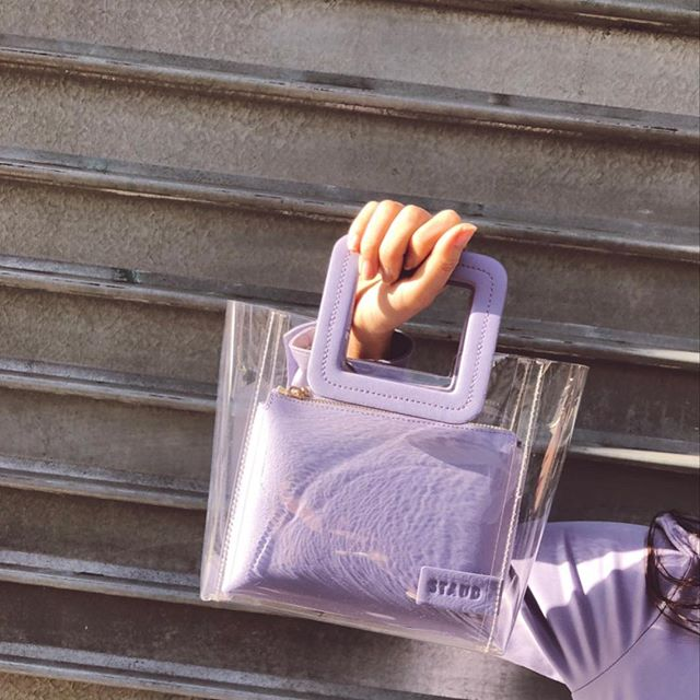 The coolest bag of the season. The STAUD Shirley in Lavender color 🌸🍬 Tap to shop online!