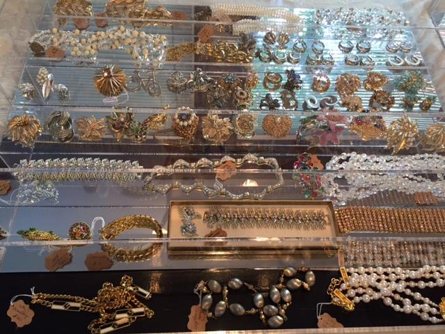 jewelry case.jpg