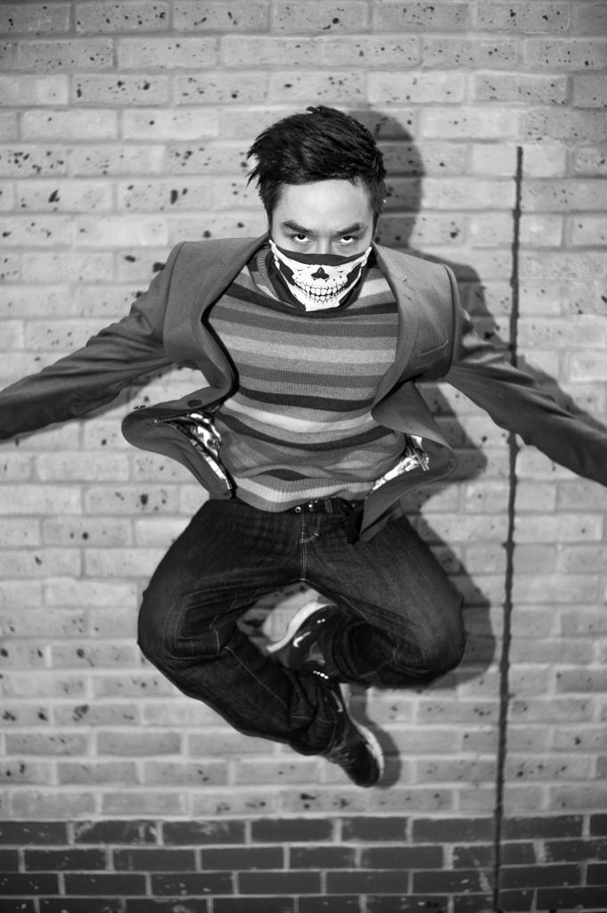 Jump  Tawan Zher 14213349817.jpg