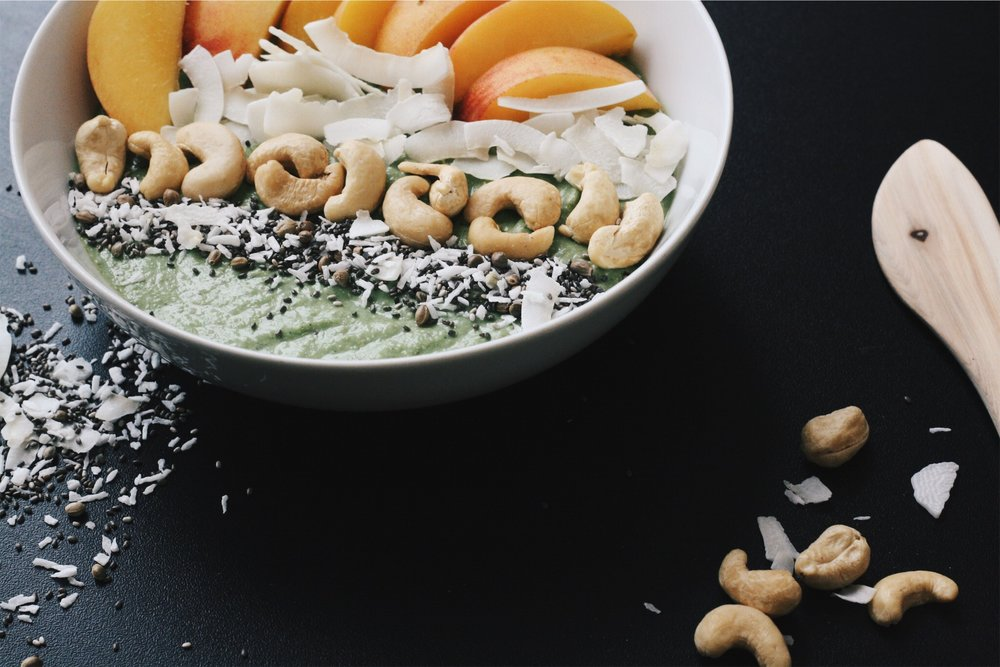 detox-smoothie-bowl