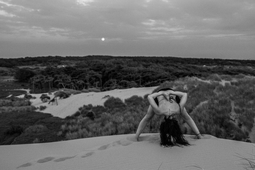 beach-outdoor-yoga