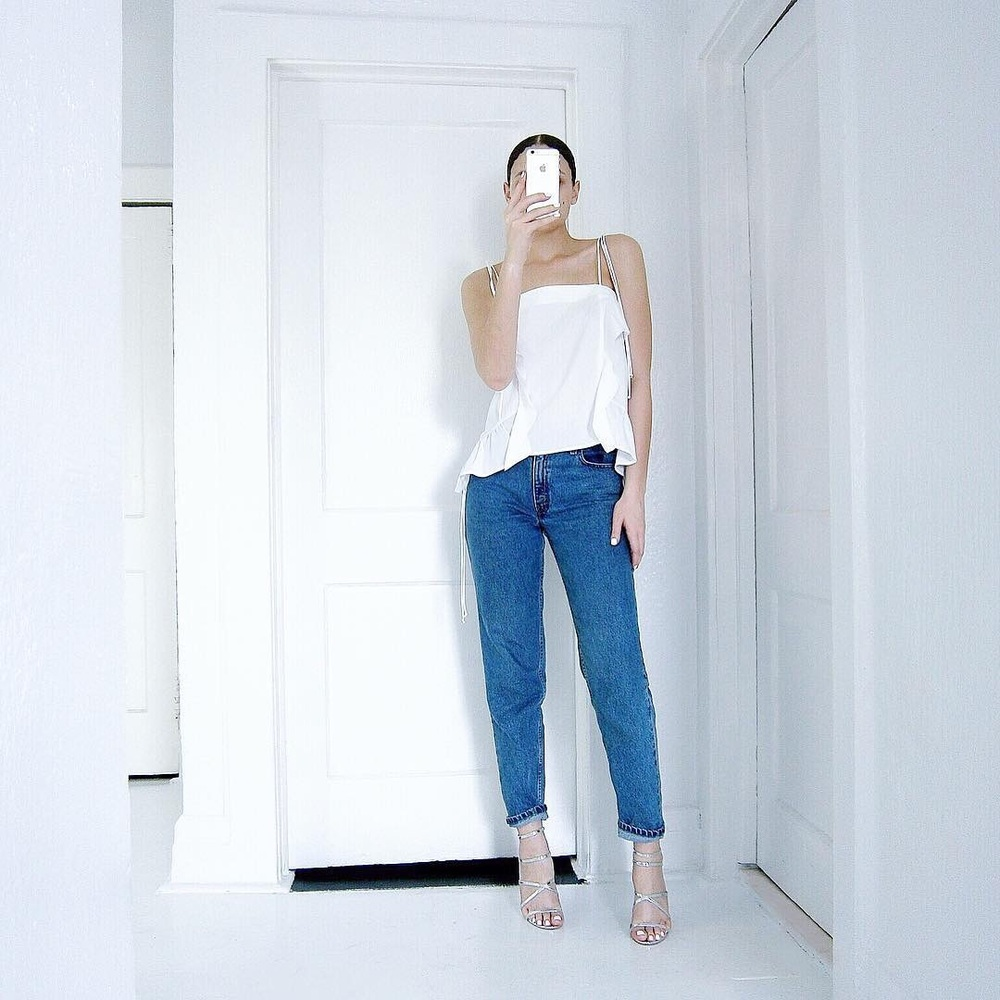 Zara Top  | Vintage Levi's High Waist Mom Jeans | Qupid Shoes Glee 152 Heel