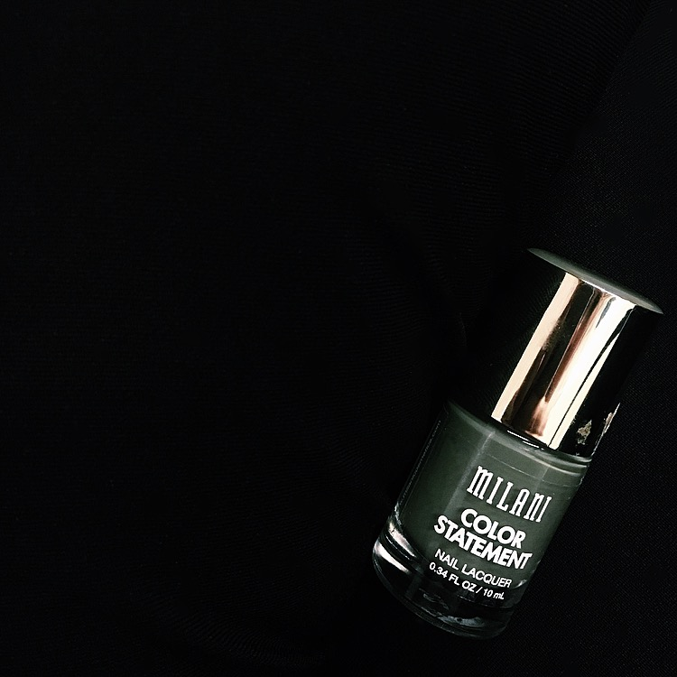 Nails by  Milani Color Statement Nail Lacquer in Silhouette