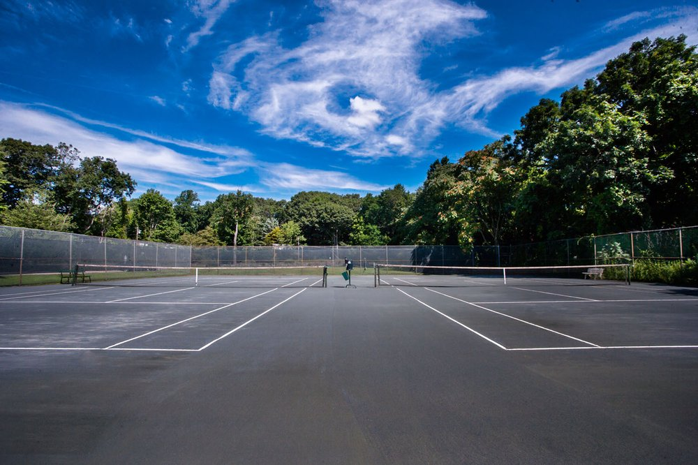 oak hills courts.jpg