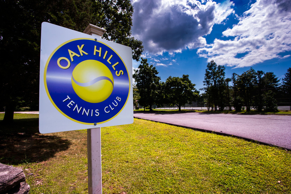 oak hills tennis club sign.jpg