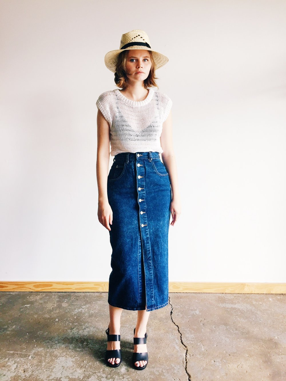 wonaponatime-long-denim-skirt-lookbook-white-hat
