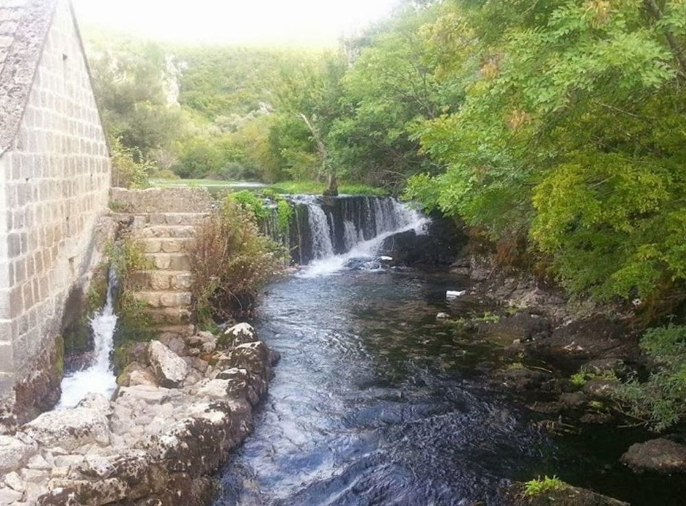 Cascading waterfalls of the stone mills.