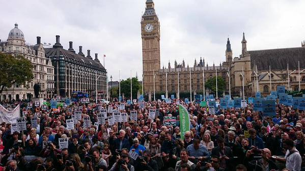 The fight continues! Over a thousand residents and campaigners voice their opposition to a third runway at Parliament Square, October 2015.