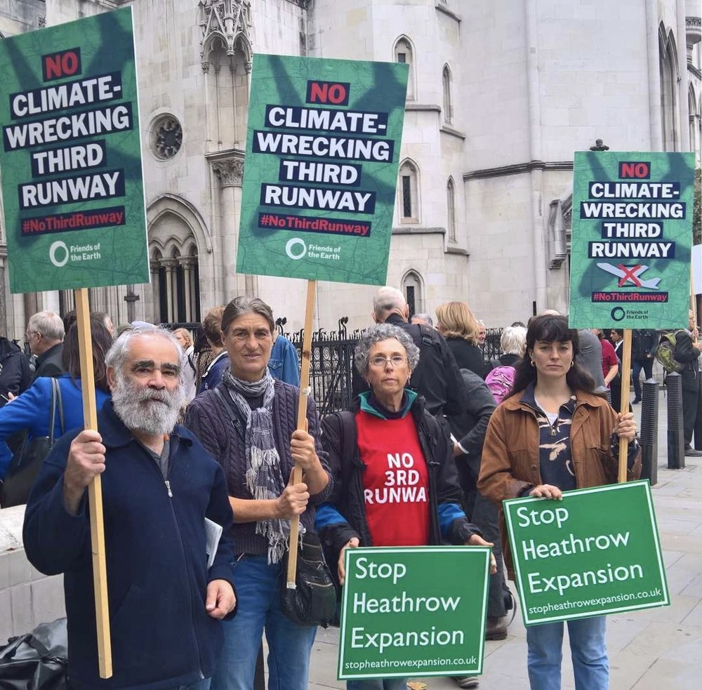 Members of Friends of the Earth and AirportWatch focus on Climate Change