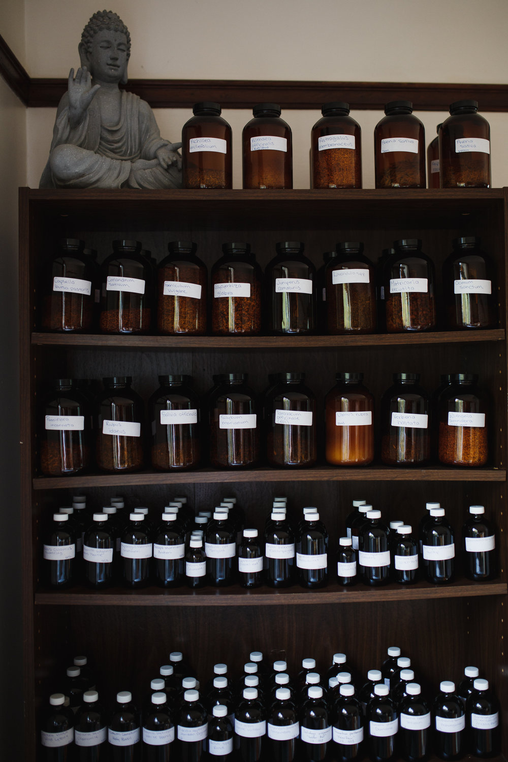 Herbal medicine apothecary of tinctures and teas