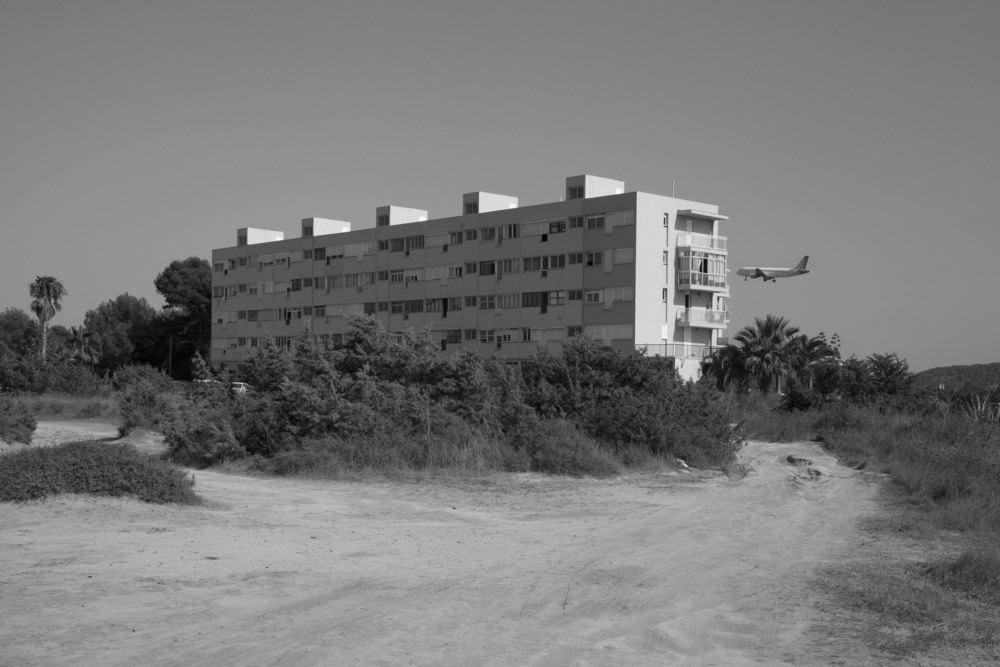 building flight ibiza pers copy.jpg