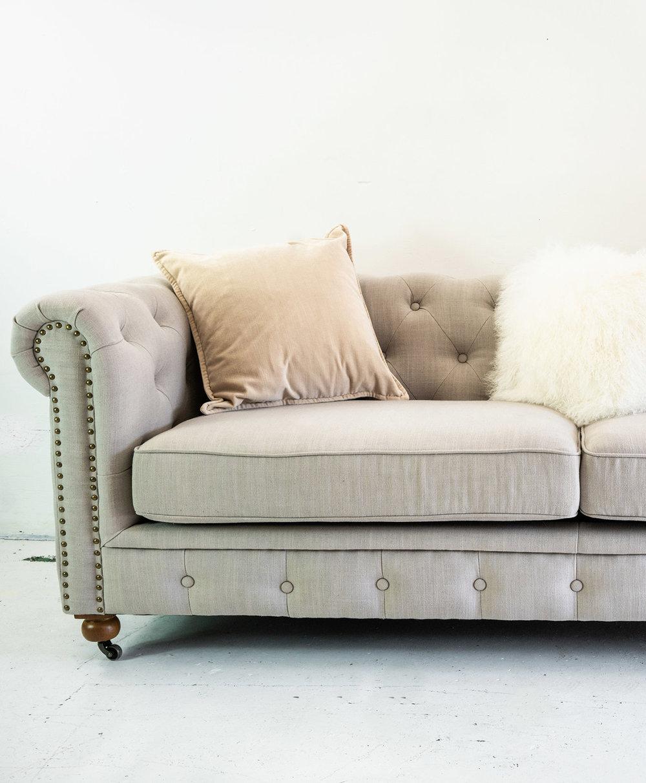 White_Sofa.jpg