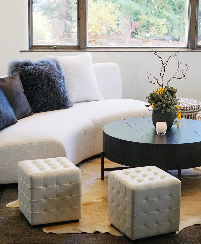 Semi-Circle-Couch.jpg
