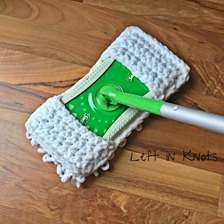 Quick and Thick Sweeper Cover - Free Crochet Pattern — Left