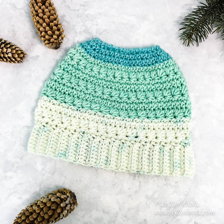 Watch this video tutorial to learn how add no-sew, attached single crochet ribbing to your crochet projects. Use this technique to add cuffs to mittens and brims to top-down hats. This video tutorial is available from both right and left handed perspective. I also include free crochet pattern links to my most popular free patterns that use this join as you go (JAYGO) technique.