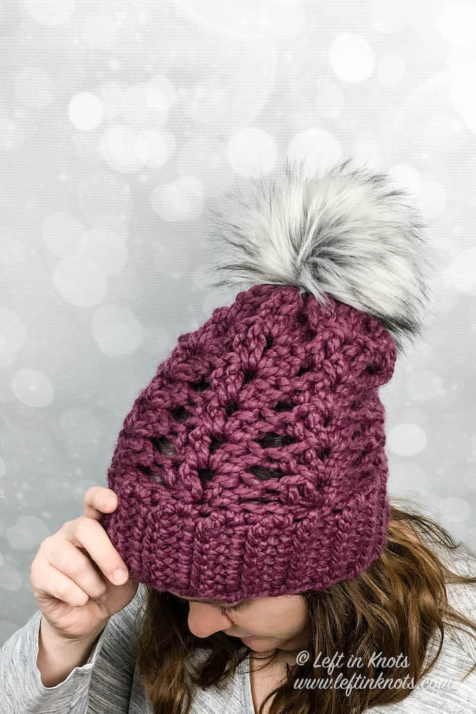 This fast, one-skein hat is made with Lion Brand Wool Ease Thick and Quick and can be finished in less than 2 hours! The chunky yarn gives it incredible warmth and texture. Top it with a faux fur pom pom and you will make yourself a modern new addition to your winter wardrobe. And best of all? The it's a free crochet pattern!