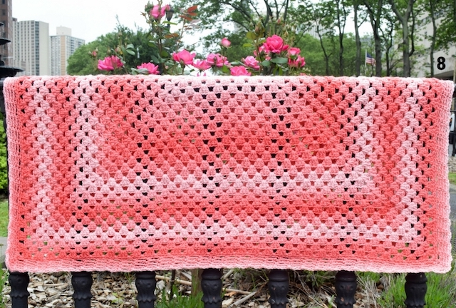 Simple-Rectangular-Granny-Blanket.jpg