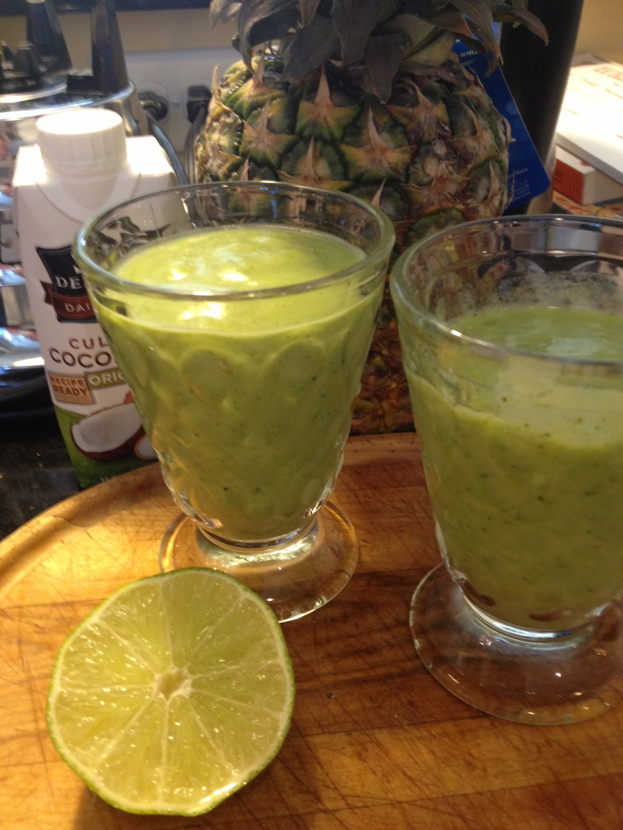 tropical green smoothie... sorry for the lighting! I'm no pro! :)