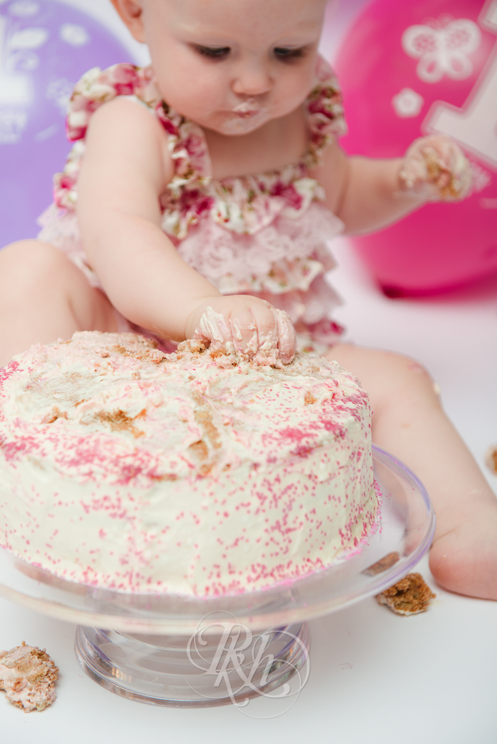 Burnsville Minnesota Baby Photography - Cake Smash - RKH Images-10