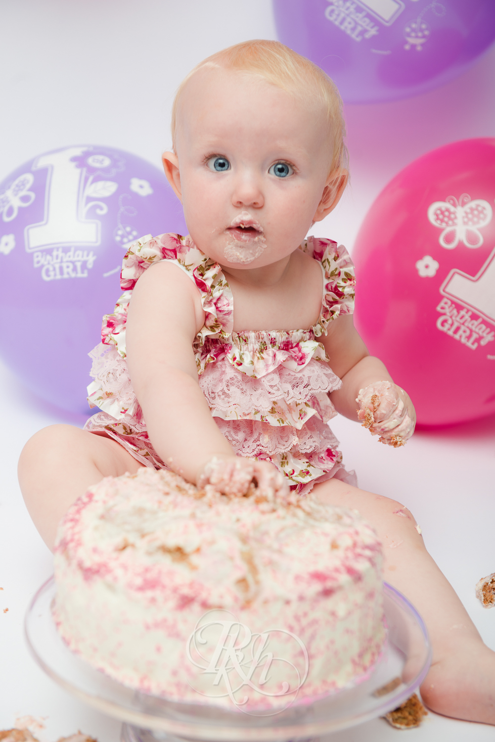 Burnsville Minnesota Baby Photography - Cake Smash - RKH Images-11