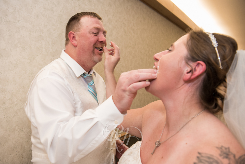 Chippewa Falls Wedding Photography - Jim & Holly - RKH Images-28