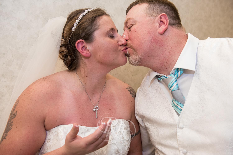 Chippewa Falls Wedding Photography - Jim & Holly - RKH Images-29