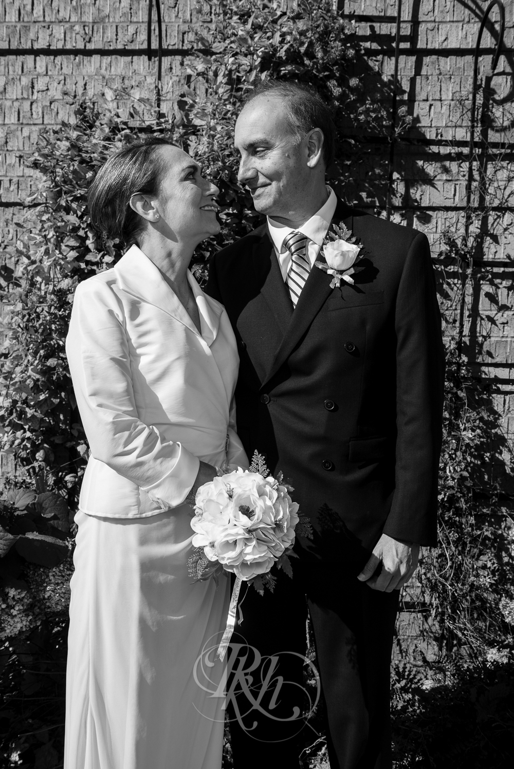 Lakeville Wedding Photography - Bertie & Maurico - RKH Images-15