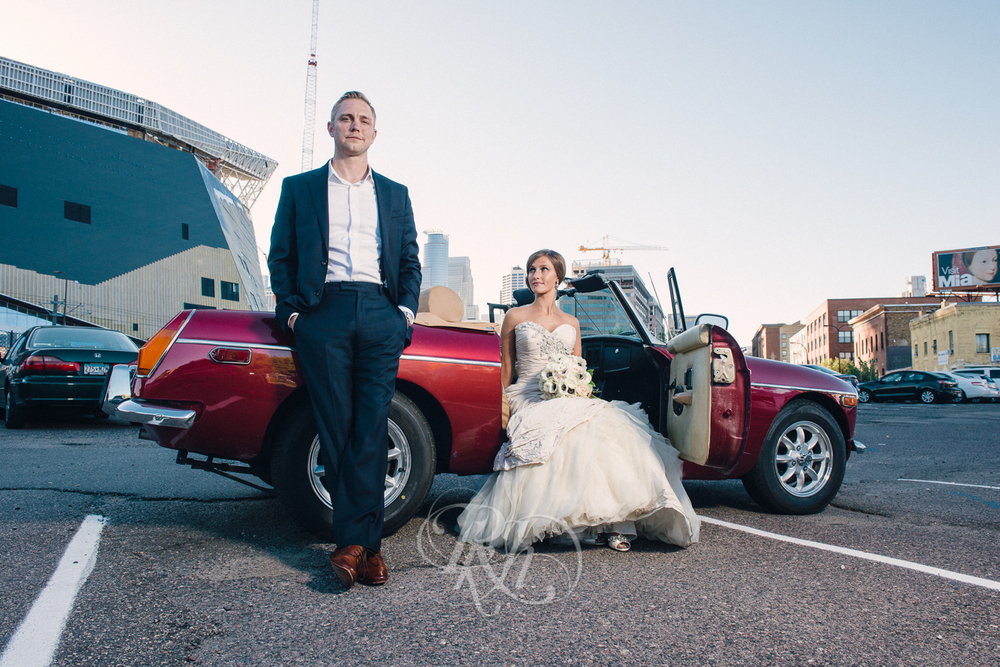 Minneapolis Wedding Photography - Becca & Justin - RKH Images-30