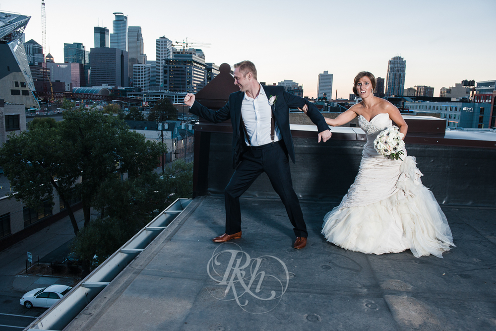 Minneapolis Wedding Photography - Becca & Justin - RKH Images-35
