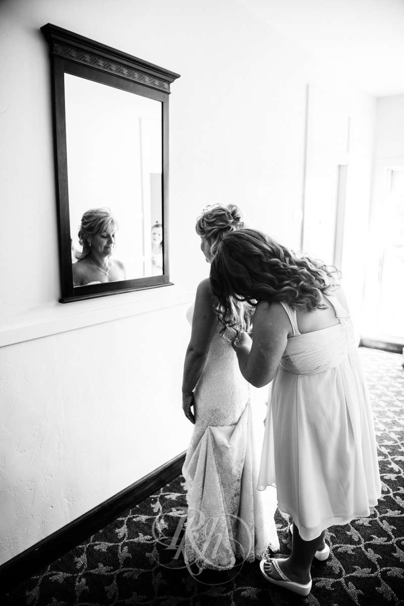 RKH Images - Tiffany & John - Los Angeles Wedding Photography - Getting Ready-14