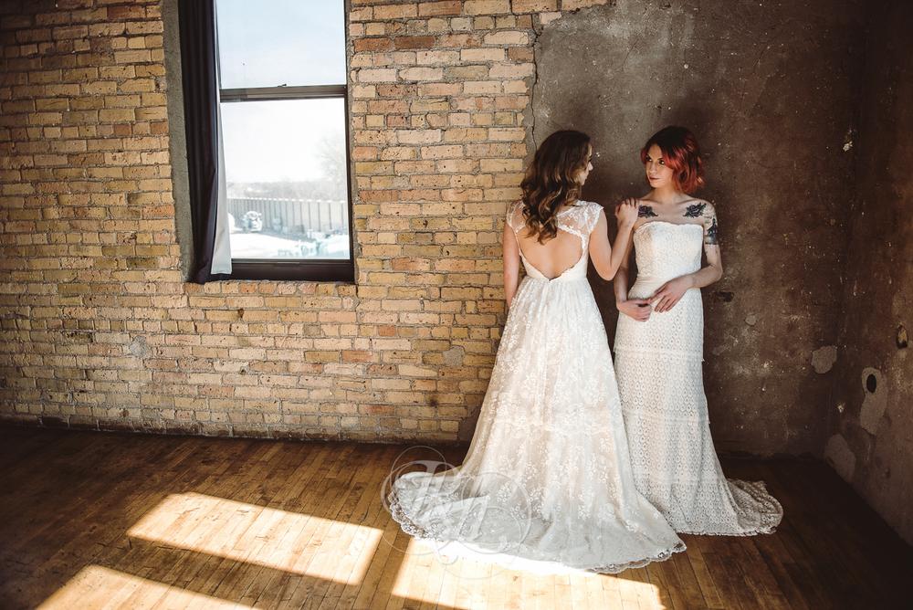 Minneapolis Wedding Shoot - RKH Images - Minnesota Wedding Photographer - Samples-21