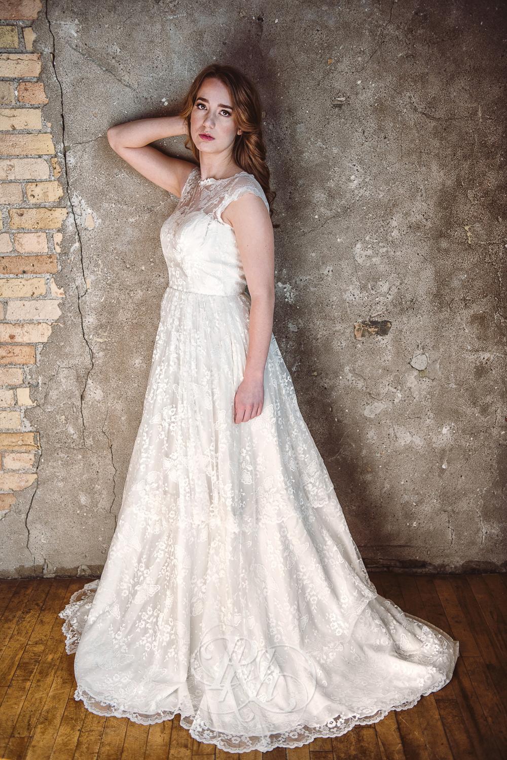 Minneapolis Wedding Shoot - RKH Images - Minnesota Wedding Photographer - Samples-29