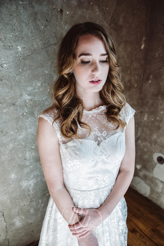 Minneapolis Wedding Shoot - RKH Images - Minnesota Wedding Photographer - Samples-36