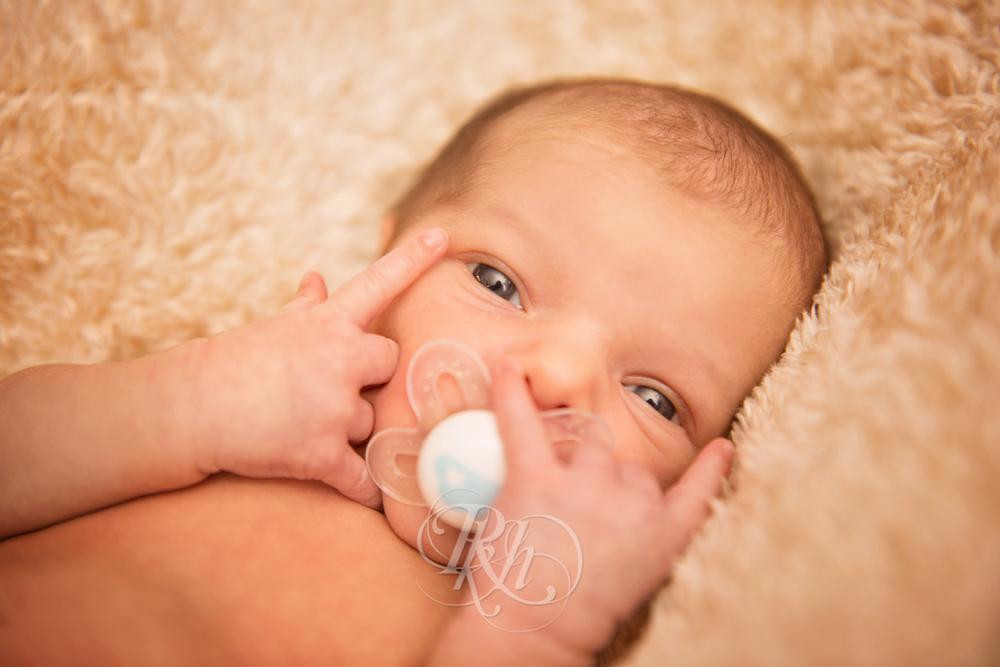 Salem - RKH Images - Minneapolis Baby Photographer-8