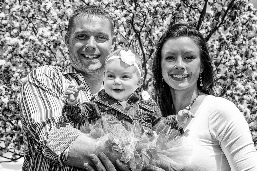 Ashley & Eric - Minnesota Family Photographer - RKH Images-1.jpg