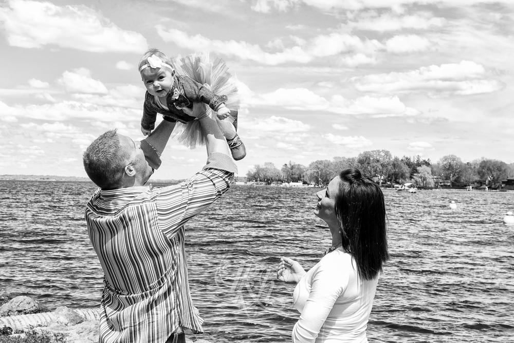 Ashley & Eric - Minnesota Family Photographer - RKH Images-4.jpg