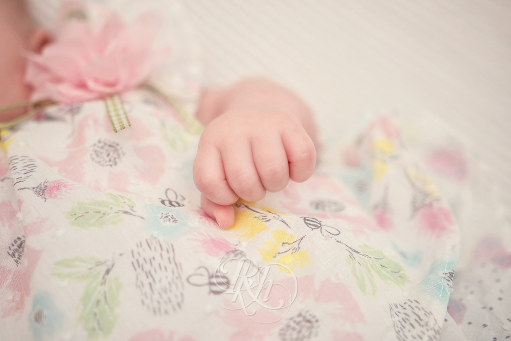 Marita - Minnesota Baby Photographer - RKH Images-6.jpg