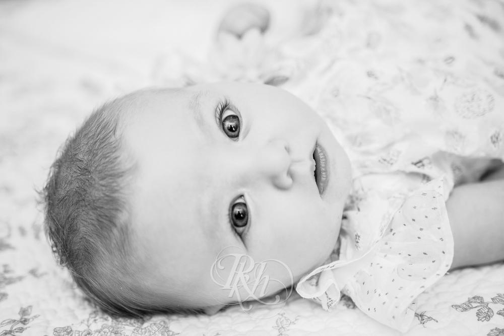 Marita - Minnesota Baby Photographer - RKH Images-7.jpg