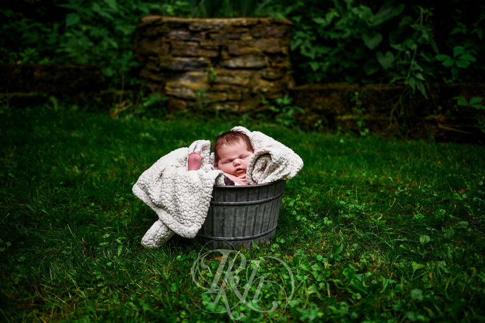 Baby Ella - Minnesota Baby Photographer - RKH Images - Blog-4.jpg