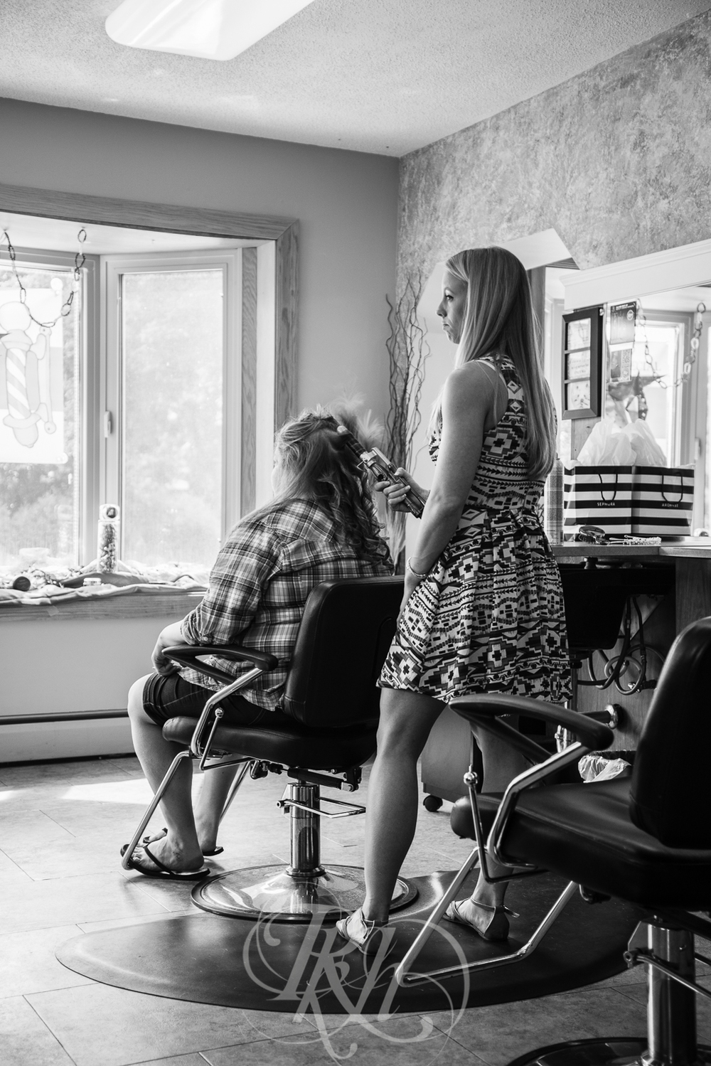 Dani & Chris - Minnesota Wedding Photographer - RKH Images - Getting Ready-6.jpg