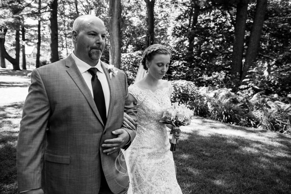 Erin & Jared - Minnesota Wedding Photographer - RKH Images - Blog - Ceremony-4.jpg